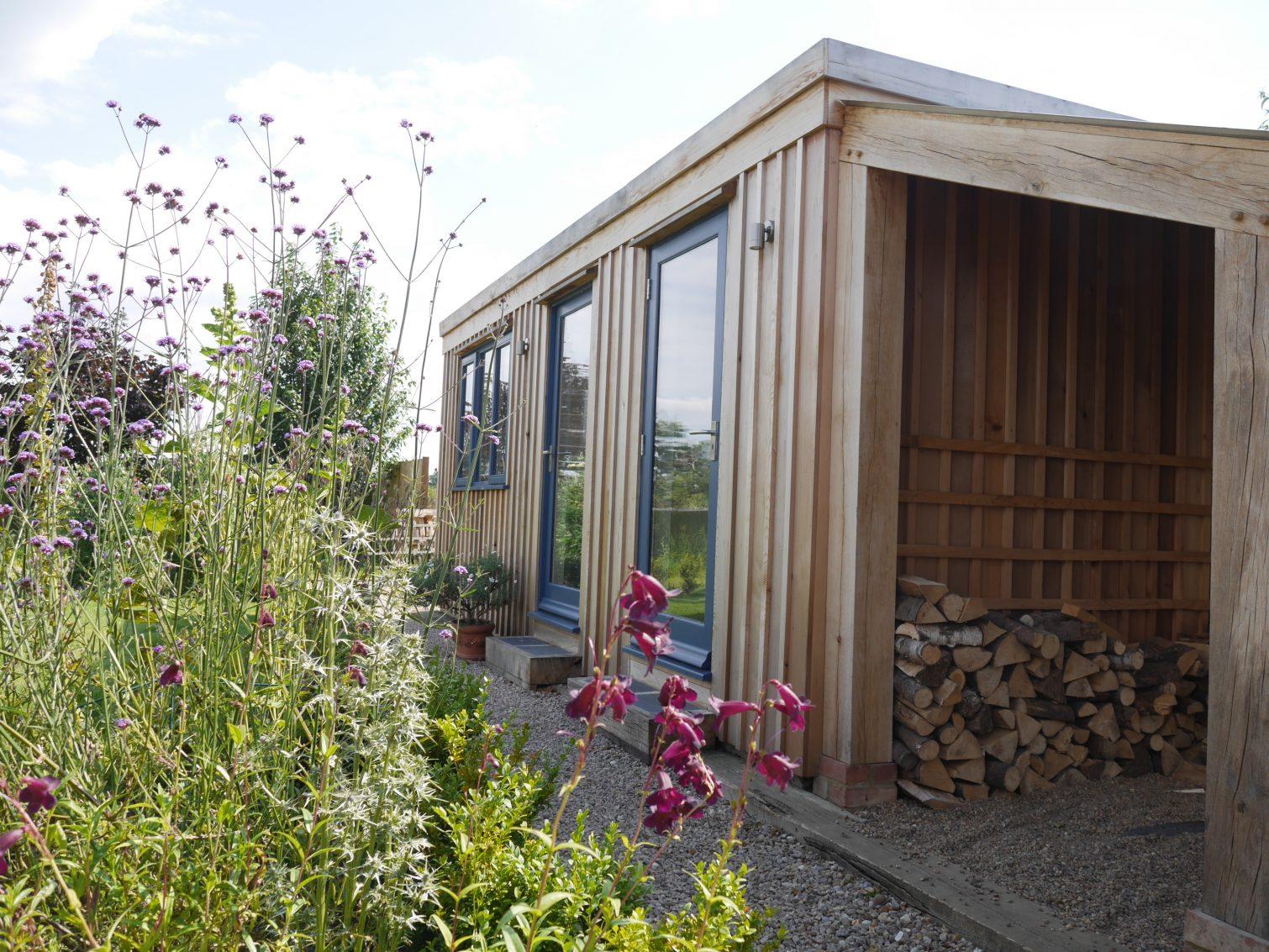 Contemporary Garden Office Bespoak Timber Frames