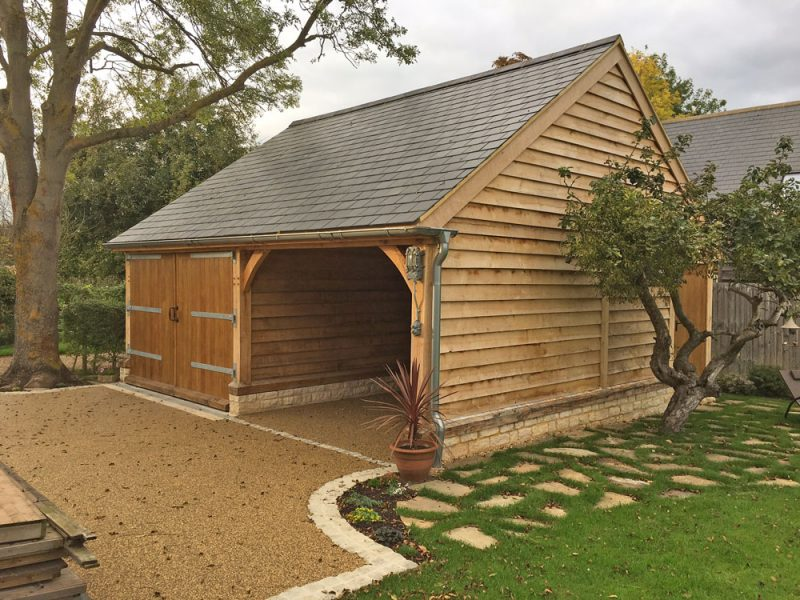Oak Garage and Cart Shed